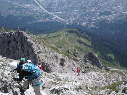 8. Immer wieder Tiefblicke nach Innsbruck!