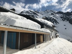 Tübinger Hütte Schneesituation