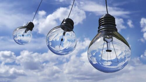 light-bulbs-1407610 1280